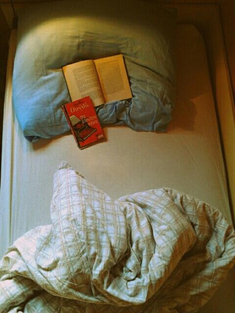 #bed #book #books